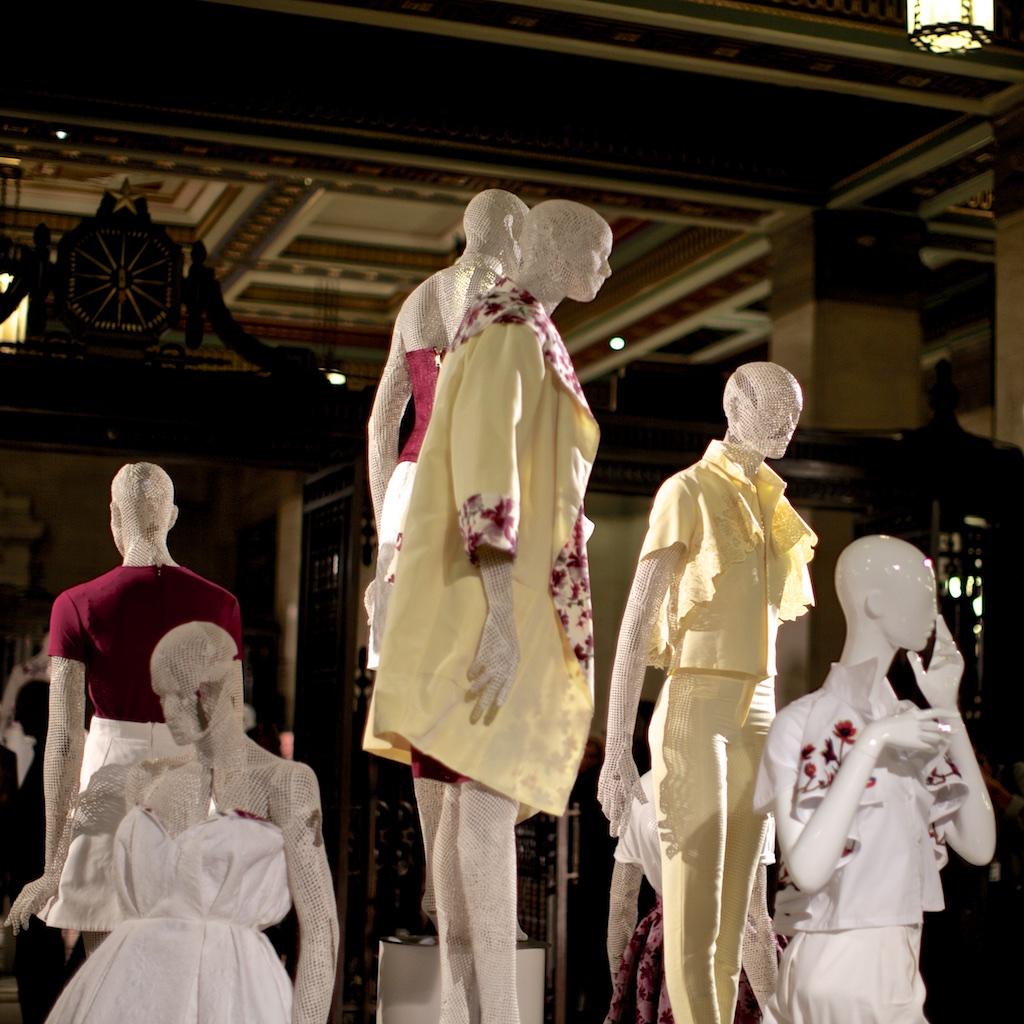 Mannequin in Dresses